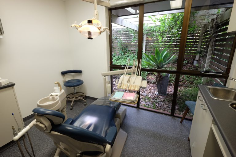 dentist room Logan